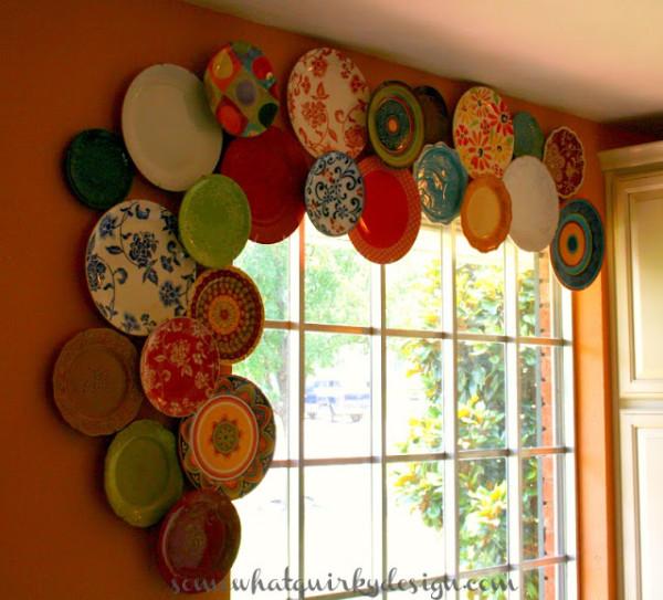 Window Cornice of Plates 3805